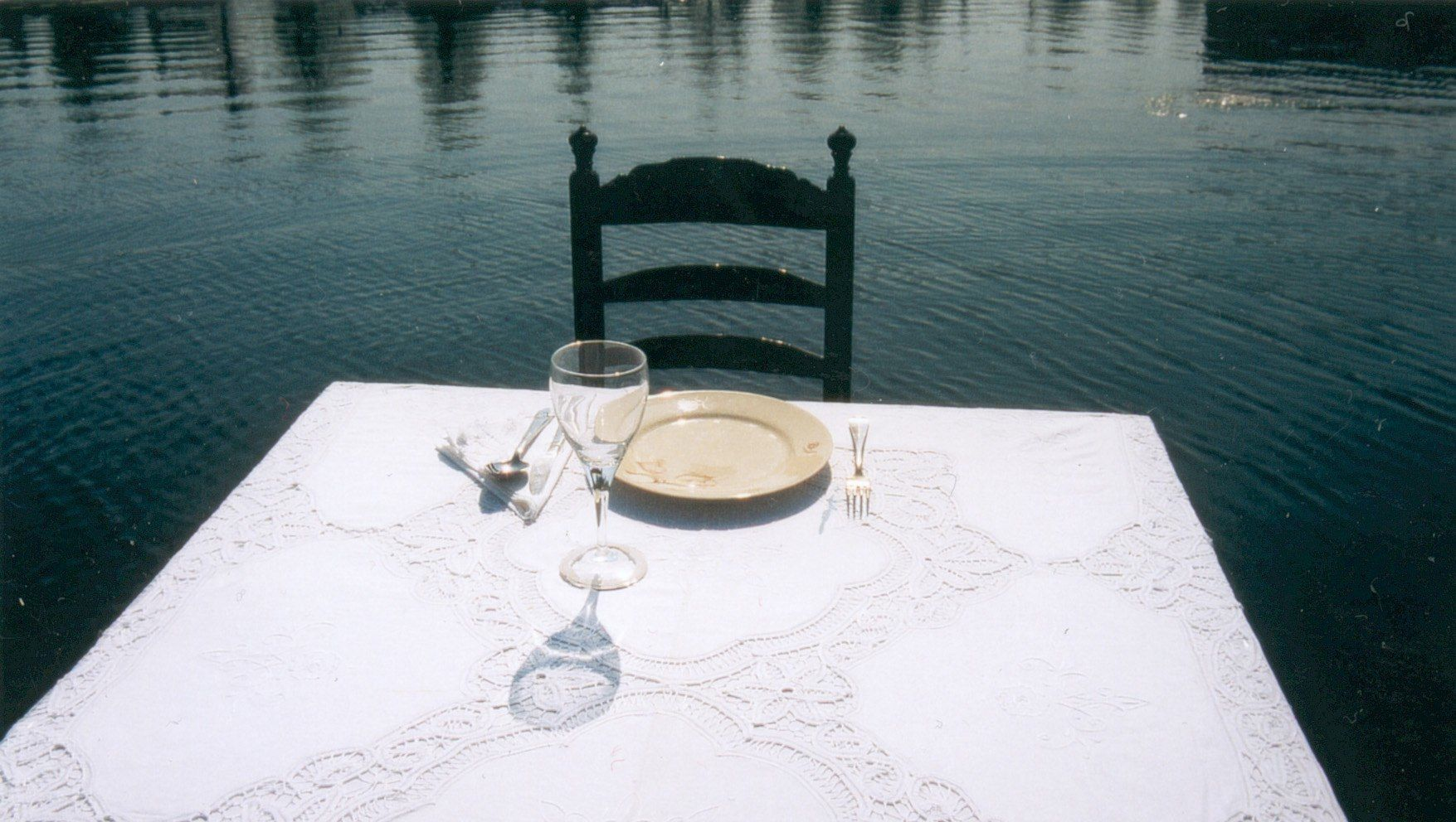 16_set-table-2
